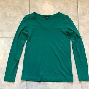 Theory long sleeve tee shirt.